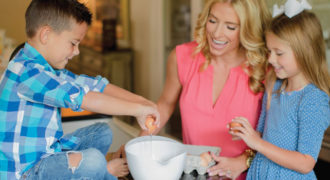 Discover How to Make Mealtime Memories with Your Kids