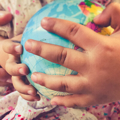 9 Ways to Encourage Your Children to Think Globally